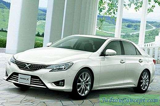 Toyota Mark X: fiche technique, photos et avis